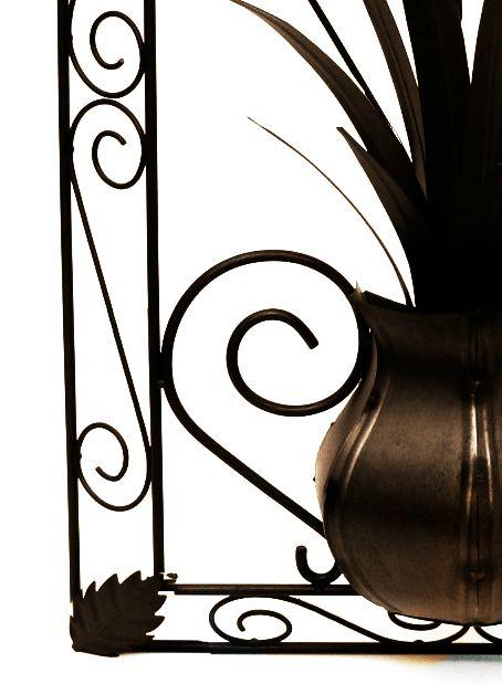 Quadro Artesanal de Ferro Rústico Decorativo com Flores Colonial