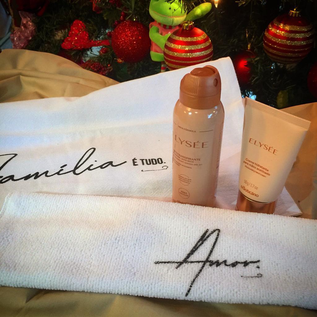 Presente Combo Elysée: Creme Hidratante para Mãos + Desodorante Aerossol + 3 Pano do Chef  - Flor de Alecrim - Cosméticos