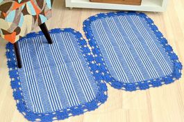 Par de Tapetes de Tear com Bico de Crochê - Azul