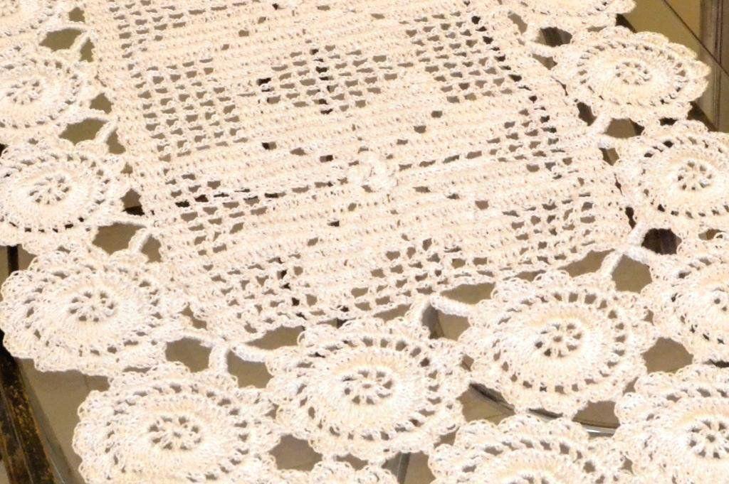 Caminho de Crochê Branco 1,50m - Rústico