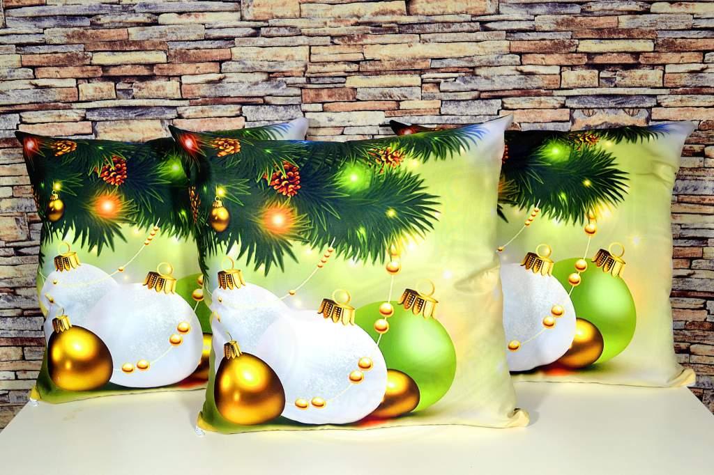 Capa de Almofada Natal - Bolas de Natal