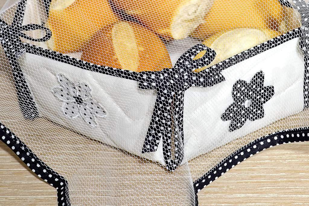 Cesta de Pão em Tecido e Tule - Preta
