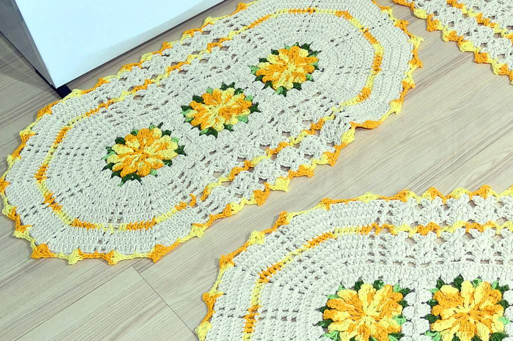 Jogo de Tapetes Especial - Flores Amarelo Mesclado