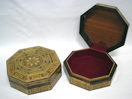 Caixa de mosaico marchetado com madre-pérola octavada (Grande) -cod.561