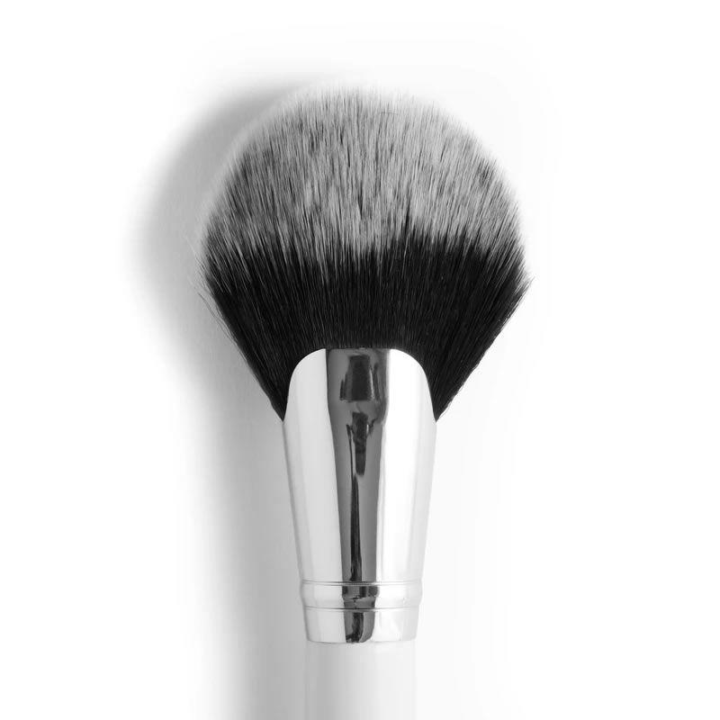 Colourpop Pincel Full Fan Face Brush - F13