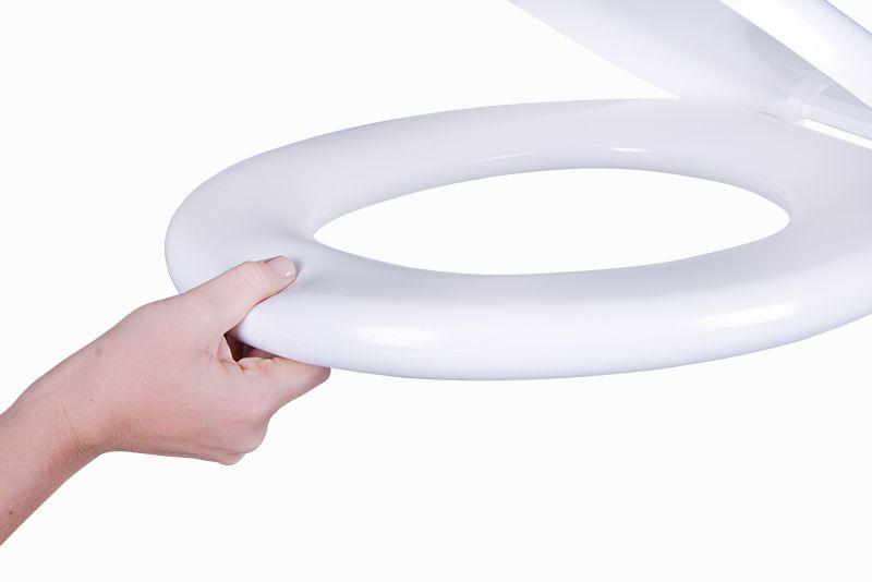 Assento Almofadado Sintético em Poliuretano De Ville cor Branca para Deca.
