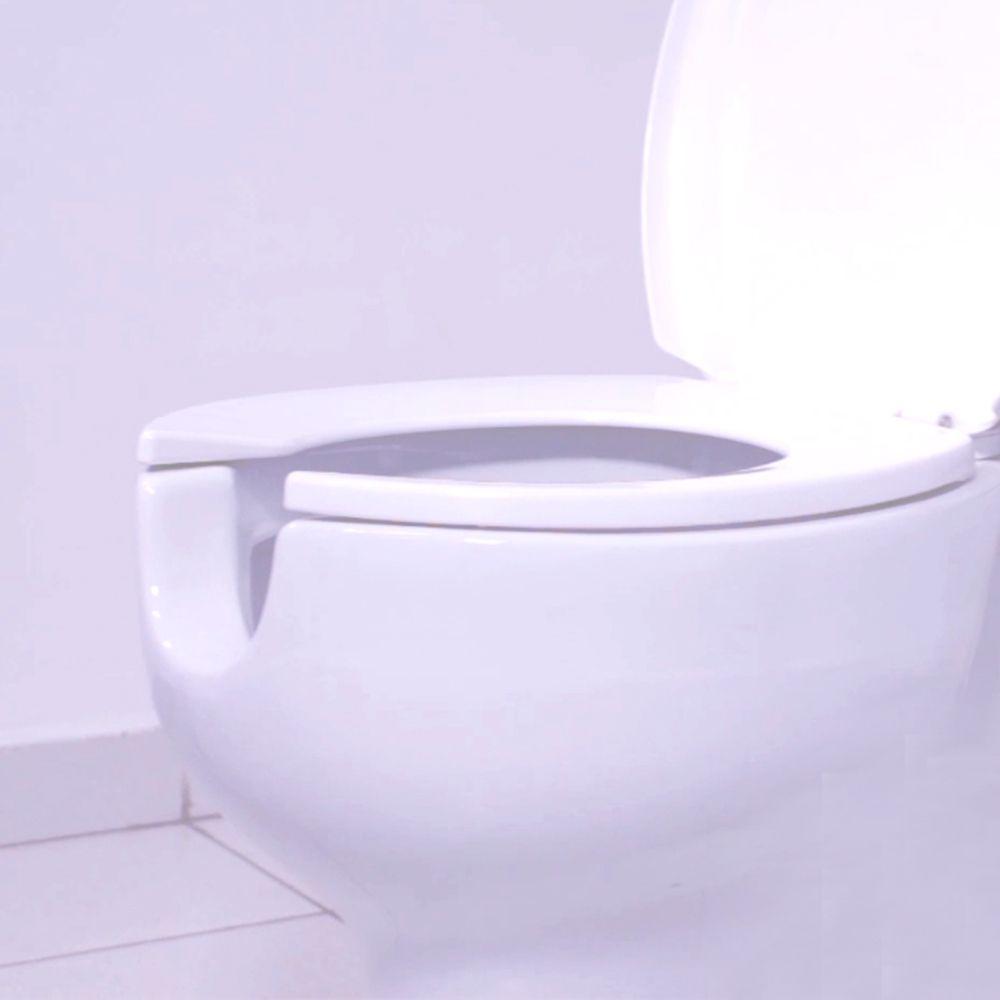 Assento Oval Polipropileno Convencional BRANCO Tupan - Plus Care - com proteção anti microbiana