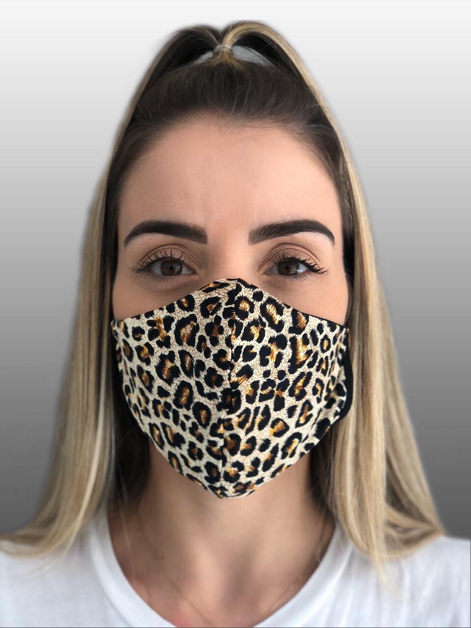 Máscara estampada Onça de microfibra e forro 100% Algodão Reutilizável kit c/ 50