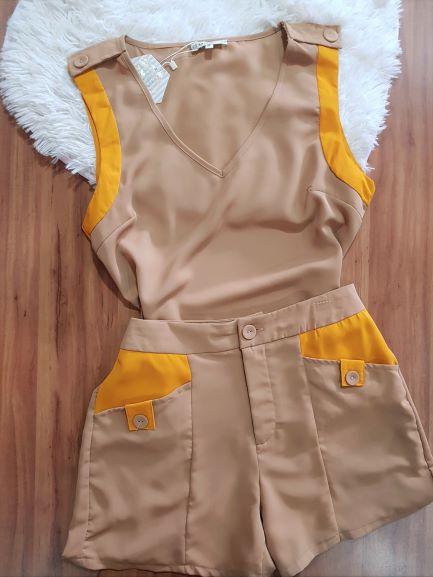 Conjunto Shorts e Blusa