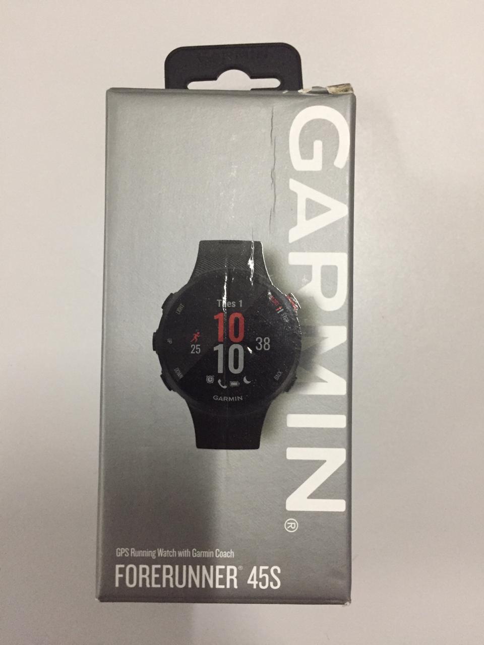 Smartwatch GPS Garmin Forerunner 45s Preto 010-02156-12 - Caixa Danificada no Transporte