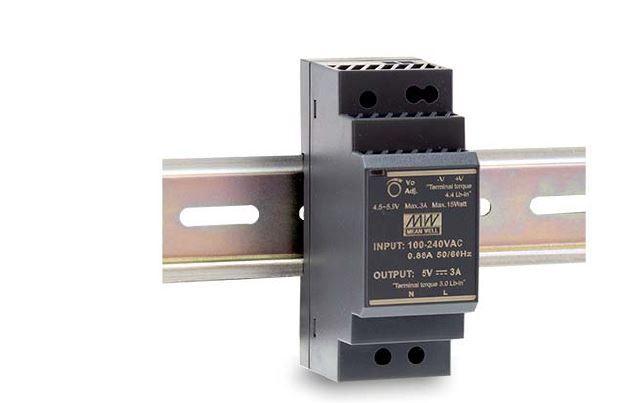 HDR-30 - Fonte de Alimentação Chaveada 30Watts, Função PFC, Trilho DIN