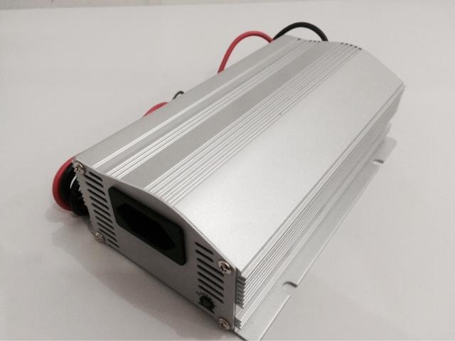 LRI24-600 - Inversor de Tensão DC/AC 600 Watts, Onda Senoidal Modificada