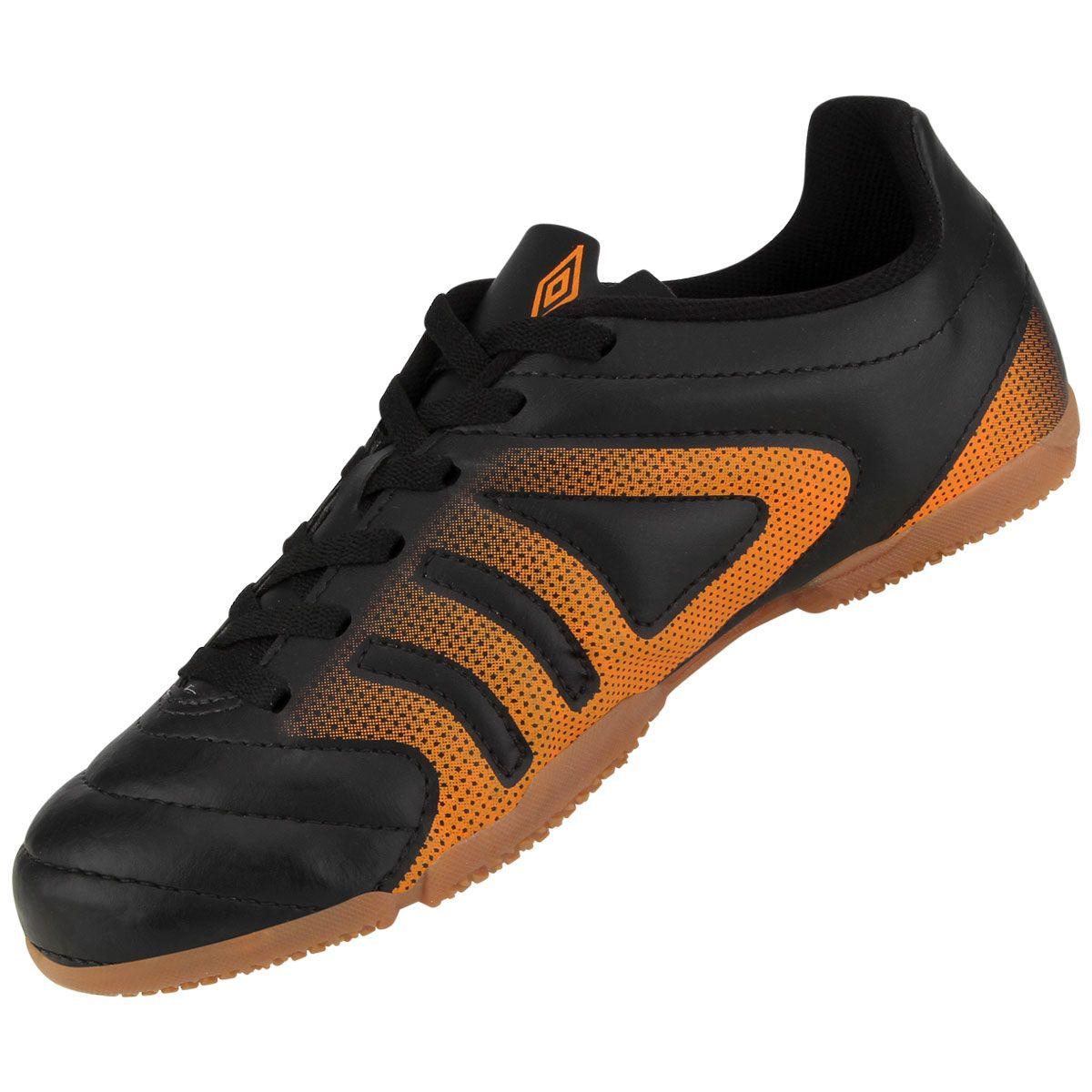 Chuteira de Futsal Umbro Striker Preto e Laranja