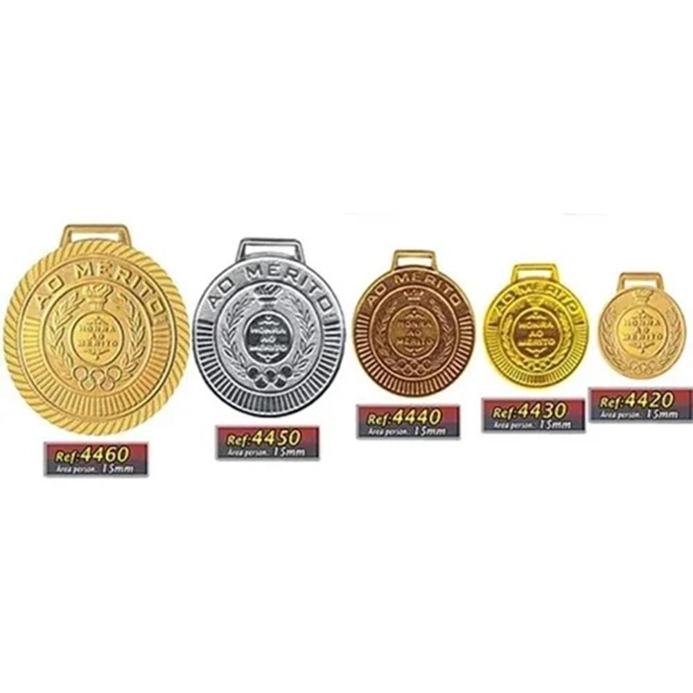 Kit com 50 Medalhas Rema Honra Ao Mérito 40mm Com Fita Prata