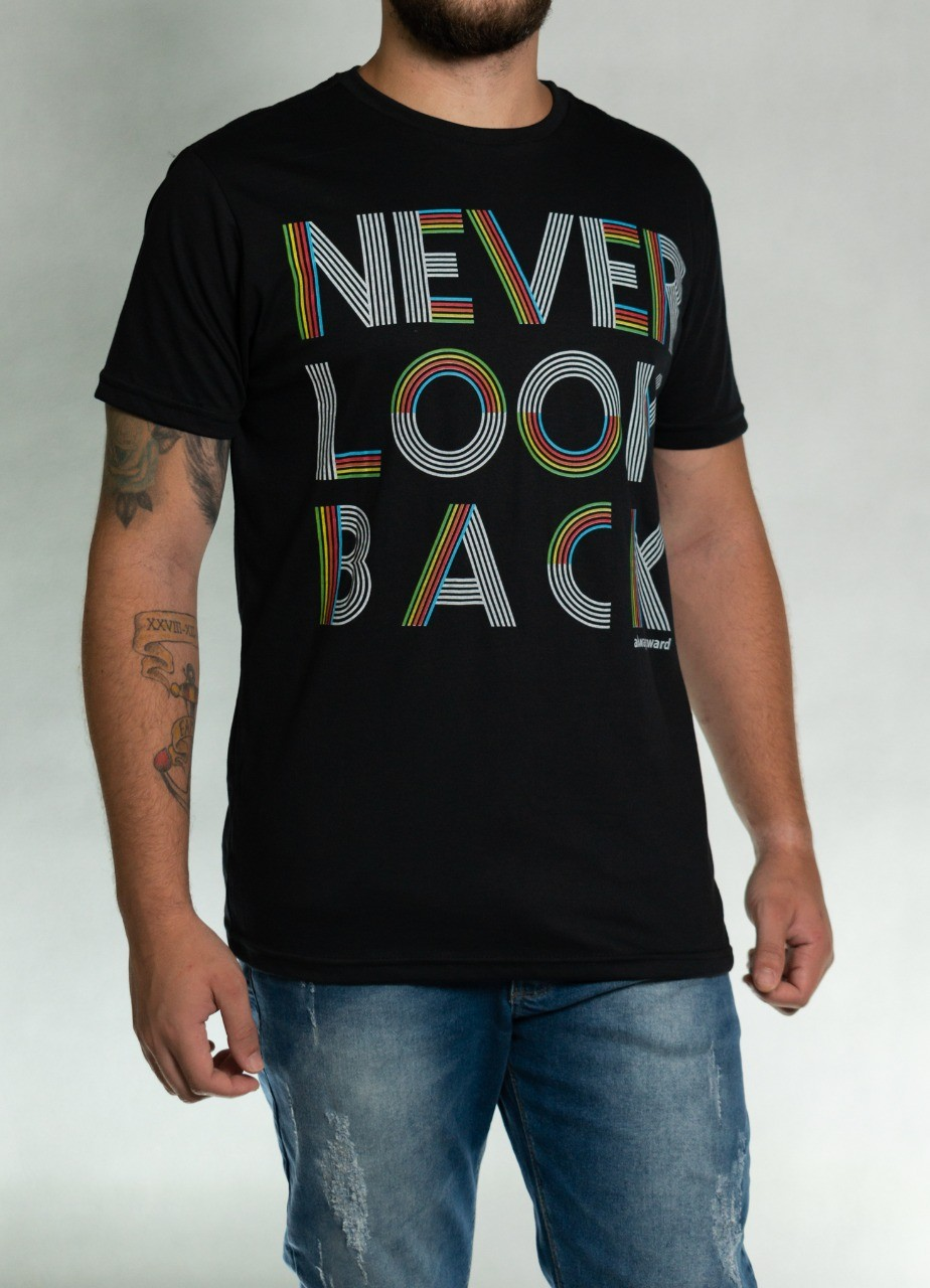Camiseta Never Look Back Preta O'Born