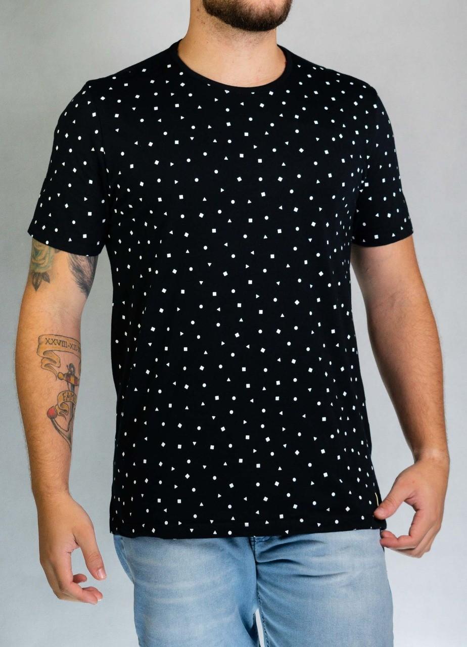 Camiseta Preta Figuras O'Born