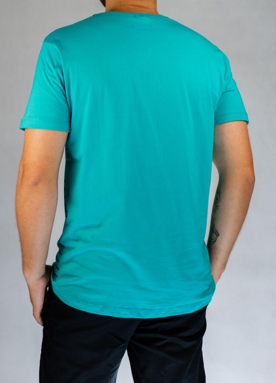 T-Shirt Especial Linhas Horizontais