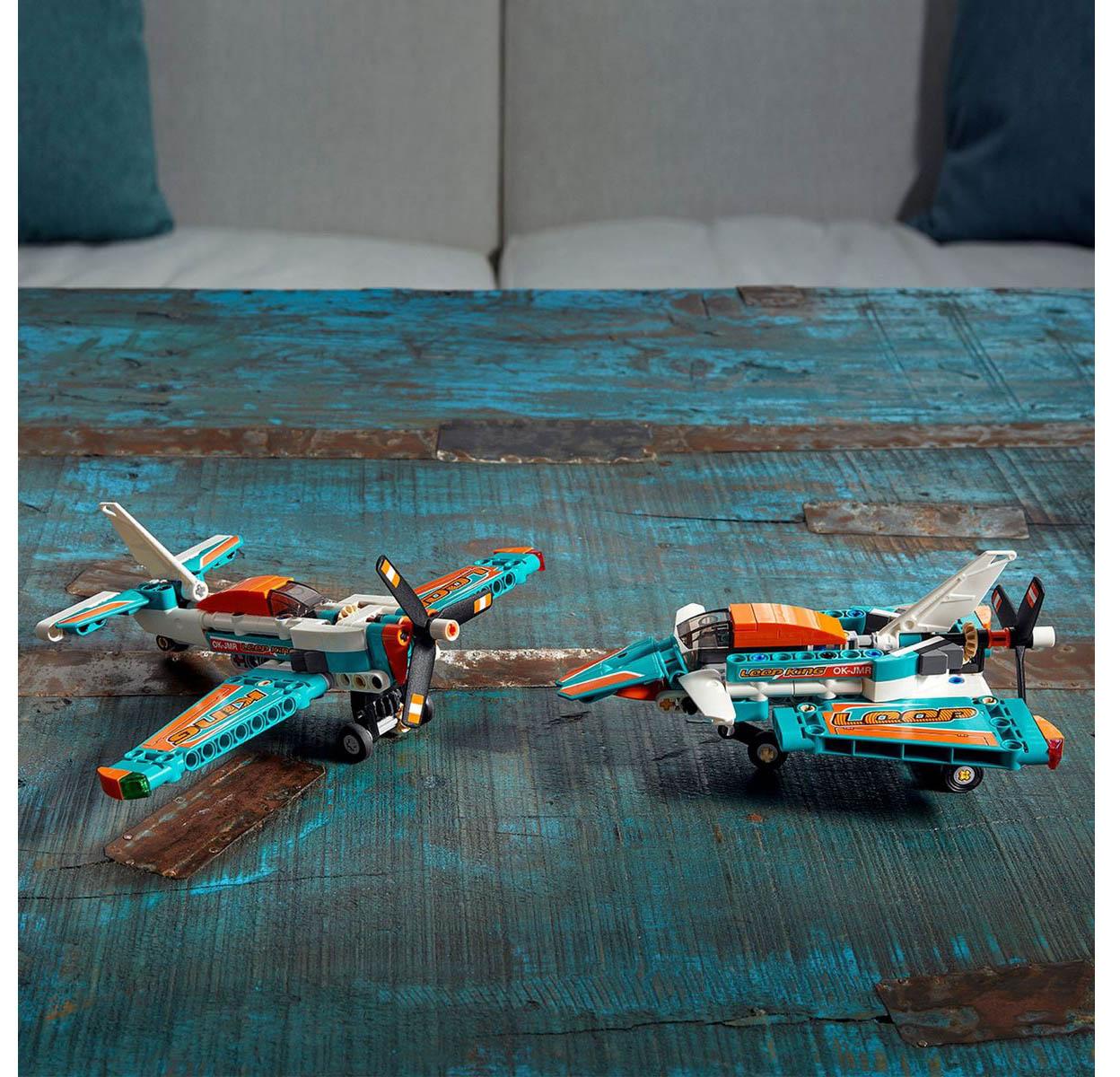 LEGO Technic 2 Em 1 - Avião de Corrida 42117