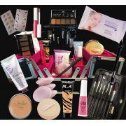 Maleta De Maquiagem Super Recheada Com Produtos De Maquiagem