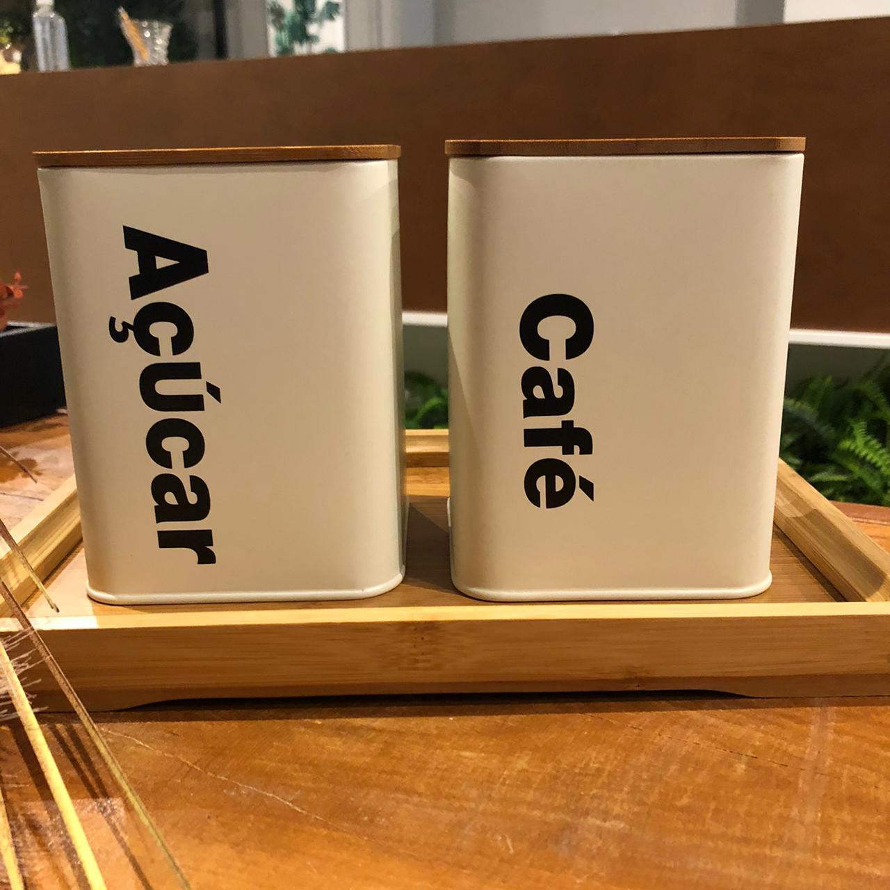 Jogo 2 Latas Off White com Tampa em Bambu Café e Açúcar
