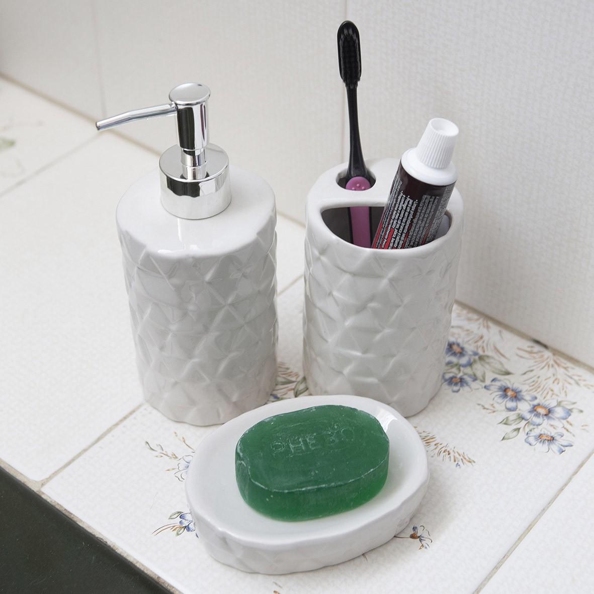 Kit para Banheiro 3 peças Branco com Detalhes