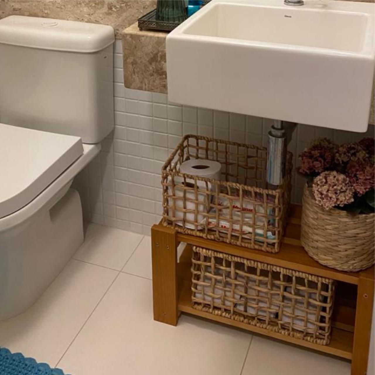 Organizador de Banheiro com 2 Prateleiras em Madeira Caramelo