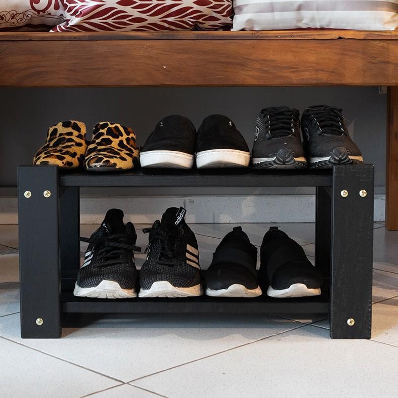 Sapateira Preta para Porta de Casa em Madeira para Organizar Sapatos