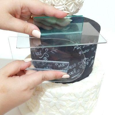 Alisador arredondado em acrílico para bolo