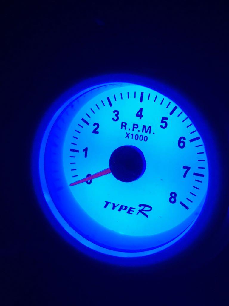 - Kit Coluna Led 7 cores Manômetro 3 Relógio Contagiro Oleo Agua