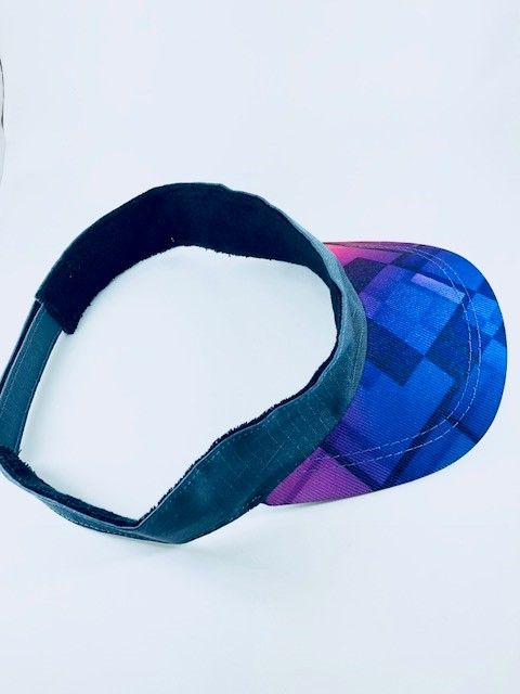 Viseira Don Juan geométrica azul
