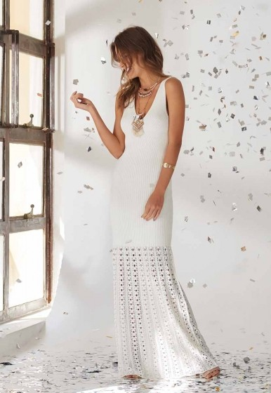 Vestido Longo Canelado Barra Rendada Off White