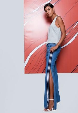 Calça Jeans Faixa e Abertura