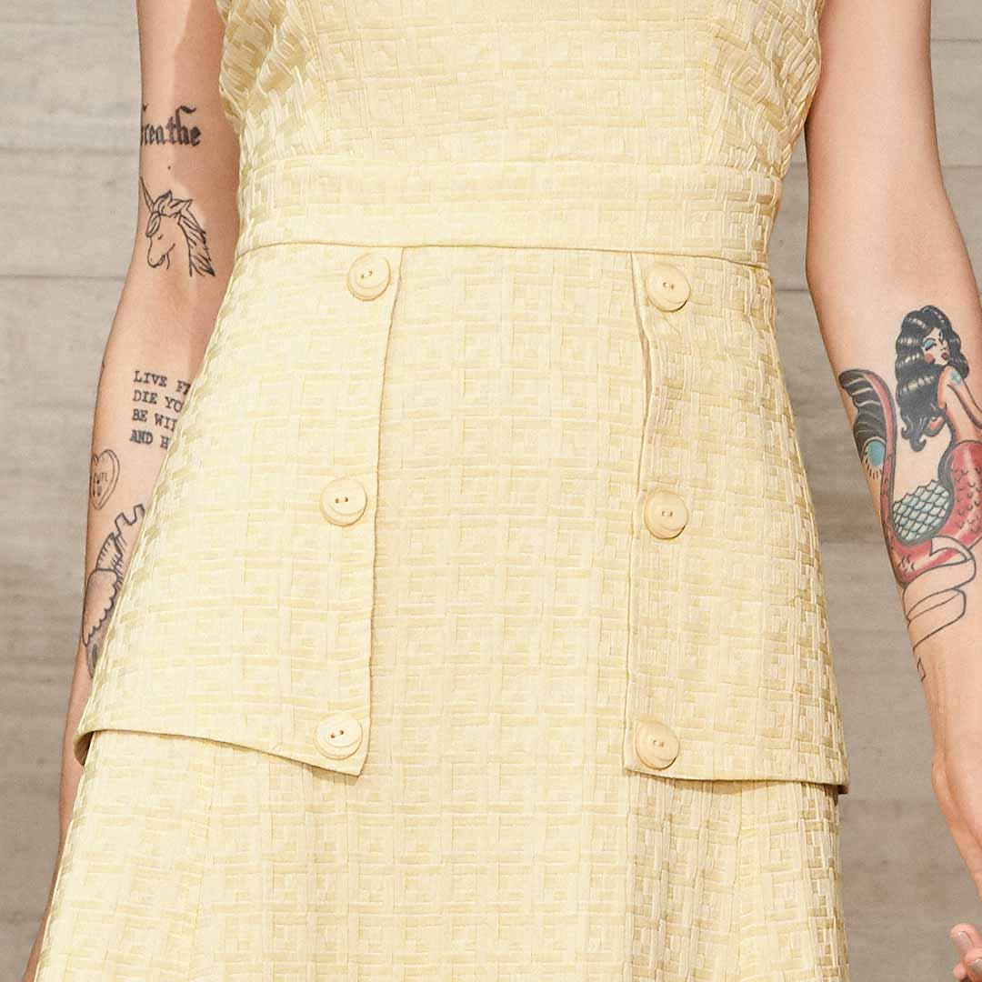 Vestido Lapela