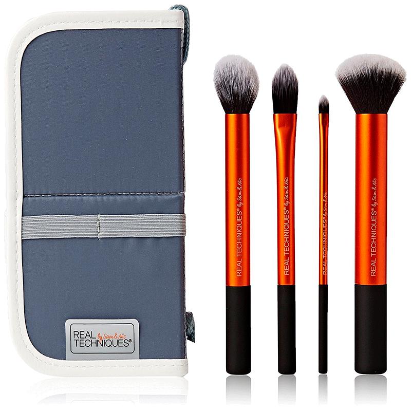 Kit com 4 Pincéis para Base de Maquiagem - Pincel Real Techniques
