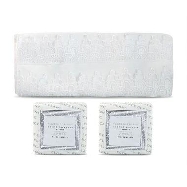 Acessórios para Banheiro Toalha Guipir de Lavabo com Sabonete