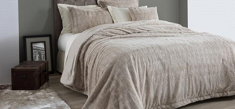 Colcha Soft Pele Casal com 2 Porta-Travesseiros - 3 peças Corttex Sofisticação e Estilo
