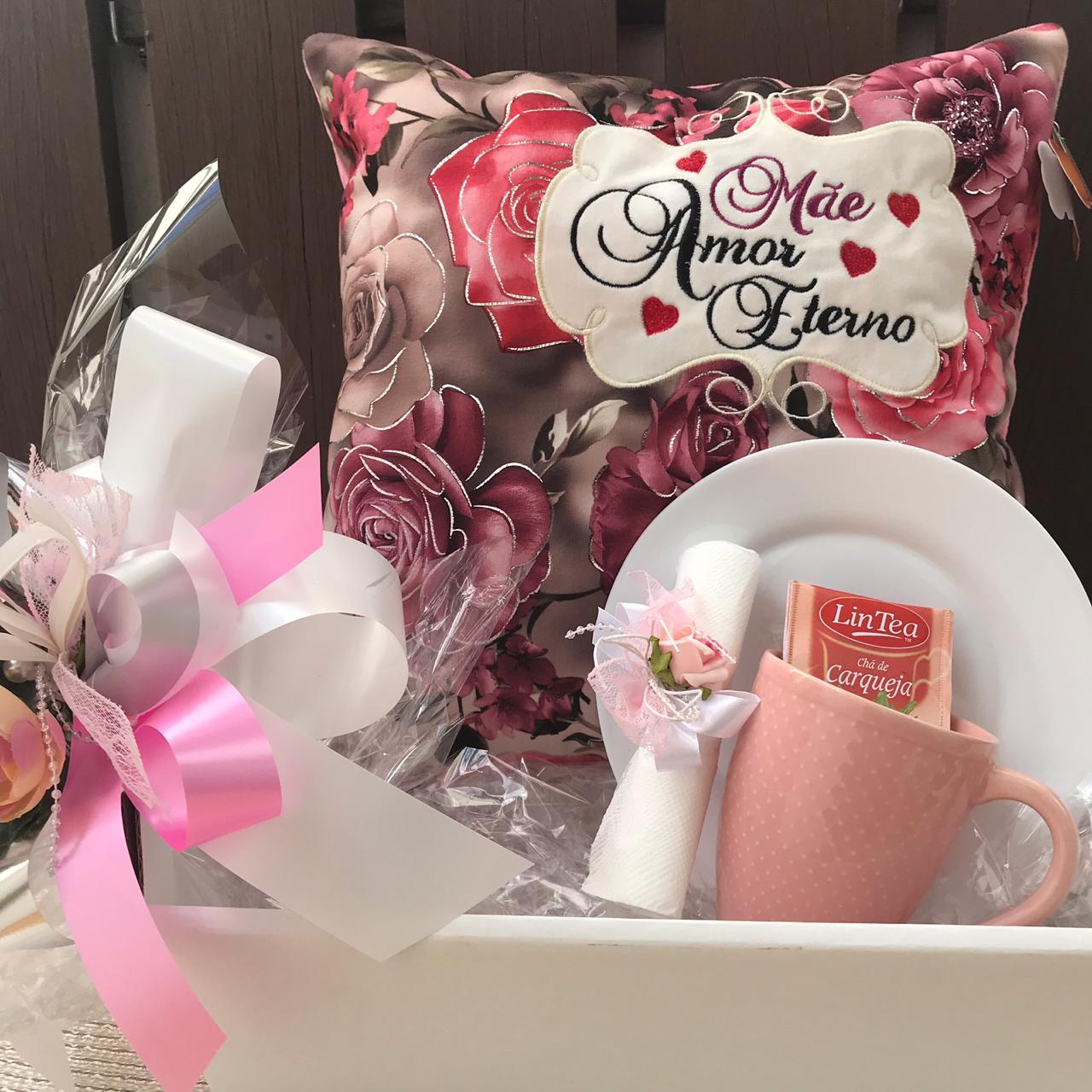 Kit Caneca Rosa com Almofada Mãe Amor Eterno