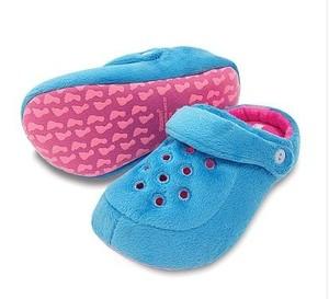 Pantufa Modelo Kick - Rosa e Azul