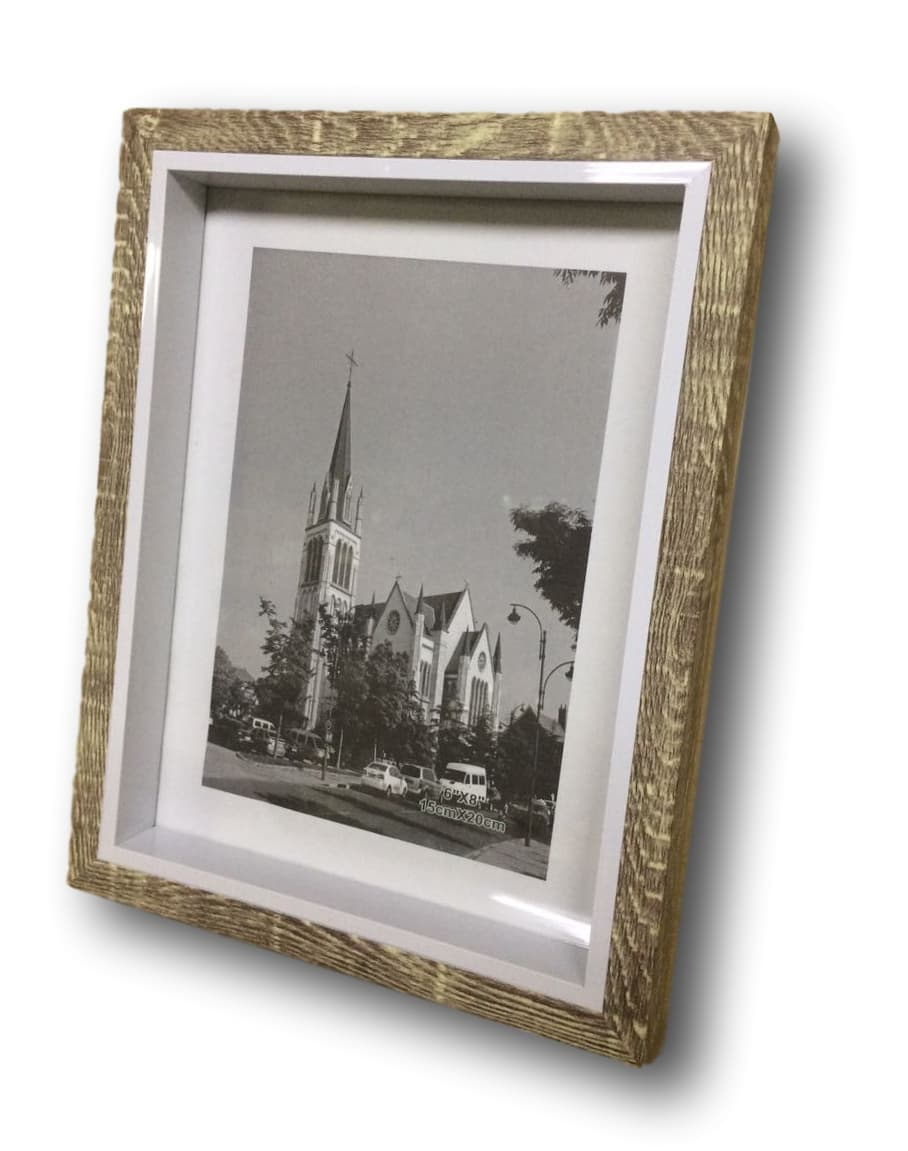 Porta Retrato tom de Madeira Foto 15x20cm