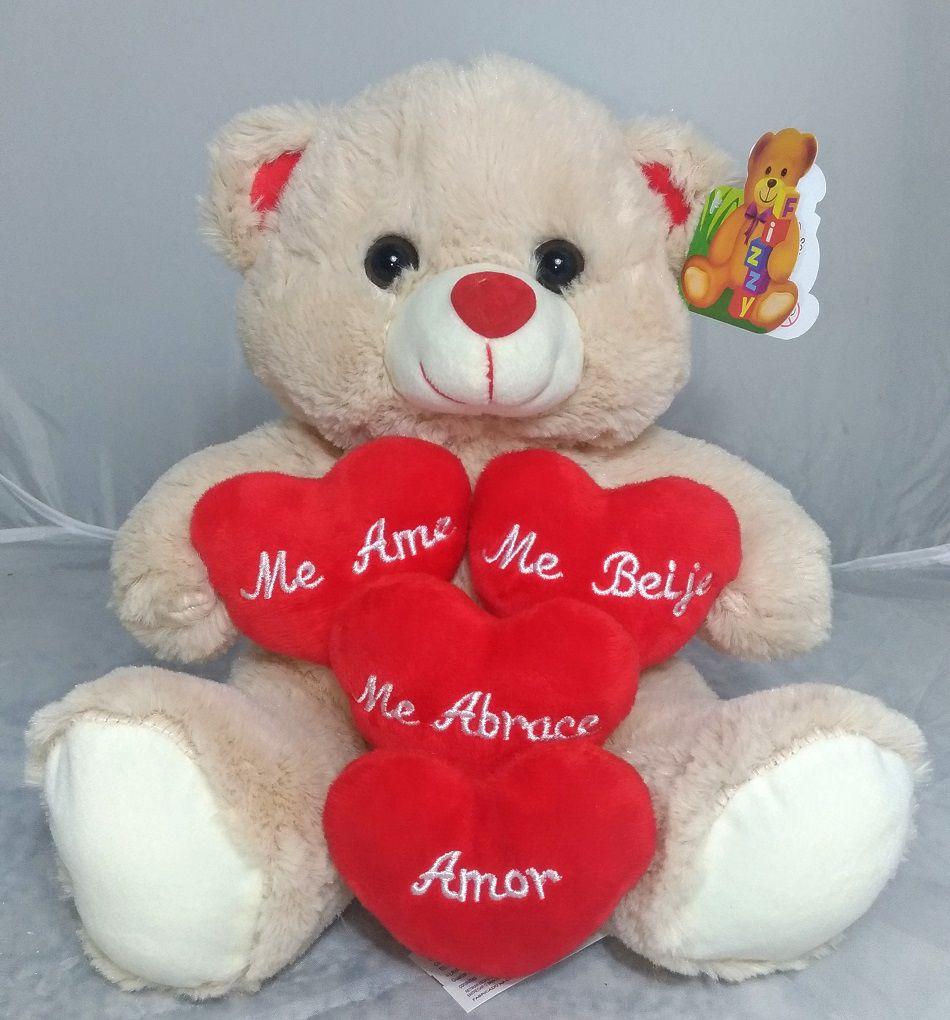 Urso Pelúcia com 4 Corações 24x25cm