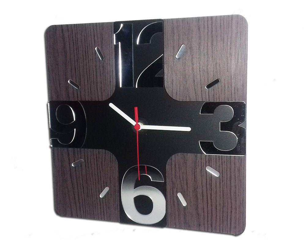 Relógio de Parede em Madeira Mdf Laminado com Números 3D em Espelhos