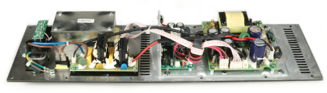 AMP/POWER SUPPLY MACKIE 0021521-04 (THUMP TH-12A)