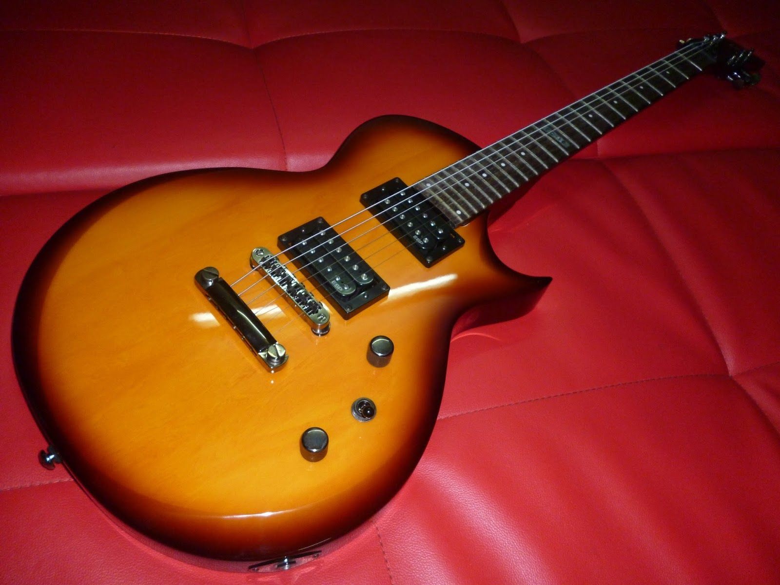 GUITARRA ESP LTD EC-10