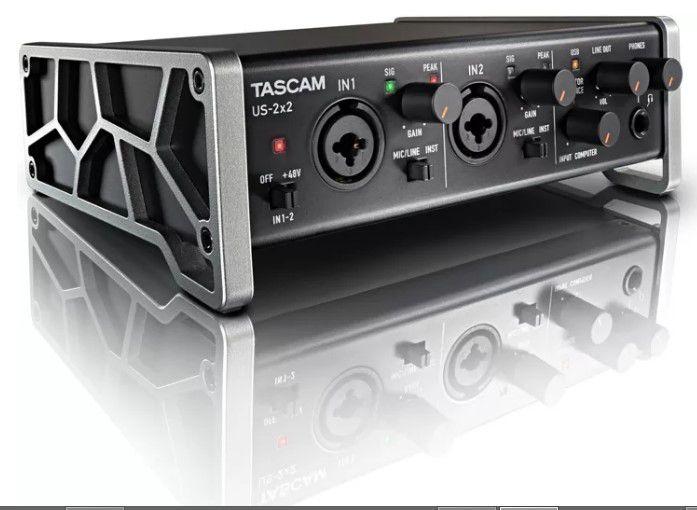 INTERFACE DE ÁUDIO USB TASCAM US-2X2