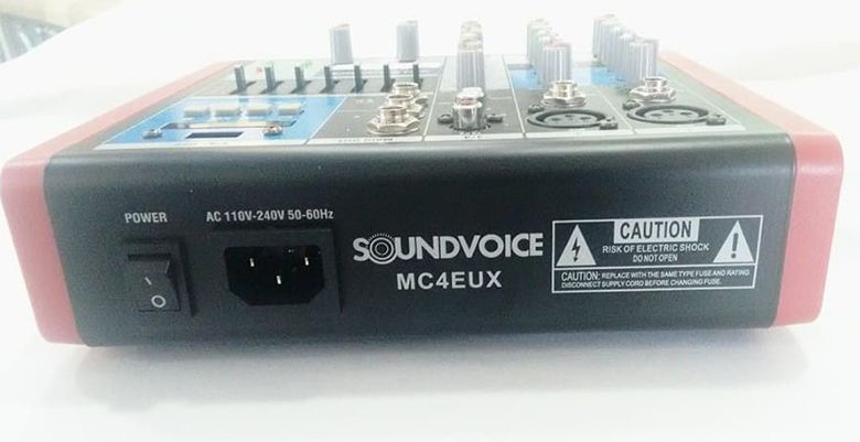 MÍXER ANALÓGICO SOUNDVOICE MC-4 EUX