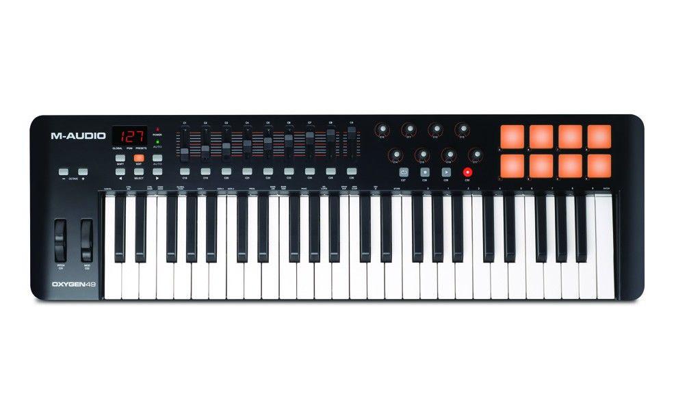 TECLADO CONTROLADOR MIDI M-AUDIO OXYGEN 49 IV