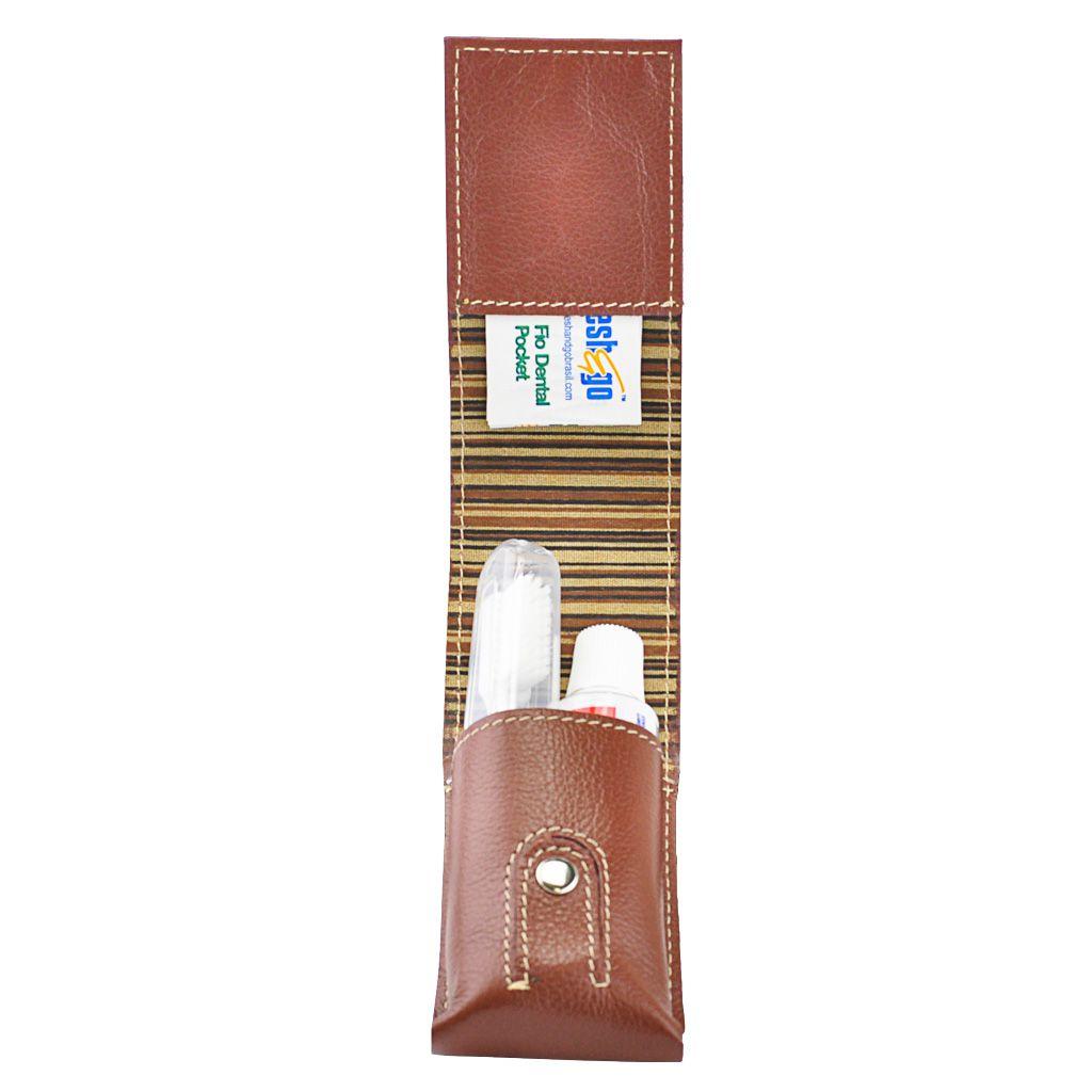 Kit Higiene Bucal Compak em Couro
