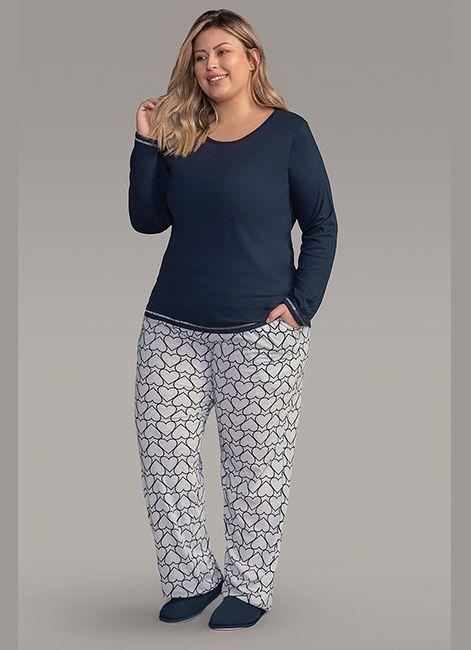 438020695 Pijama Feminino Estampado de Algodão Plus Size Lua Encantada 187045