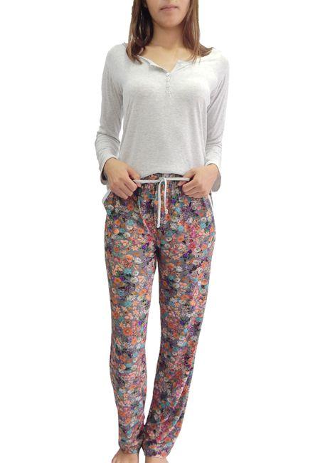 ad29012b8 Pijama Feminino Longo Estampado com botão Foxx 263143