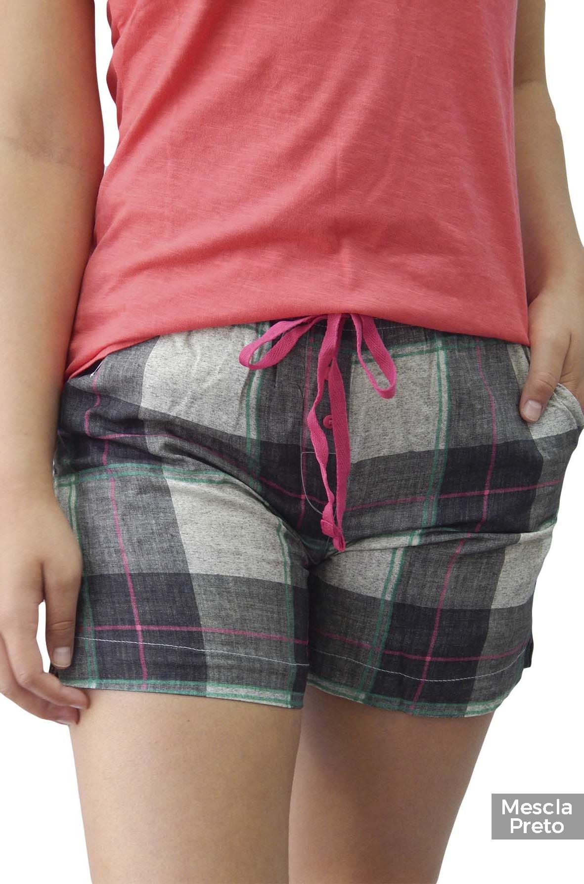 Shorts Avulso Xadrez estilo Homewear em Tecido Foxx 262328